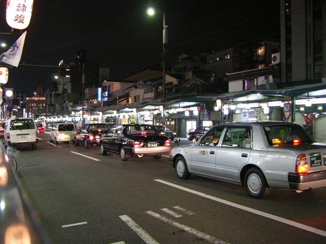 Gion traffic