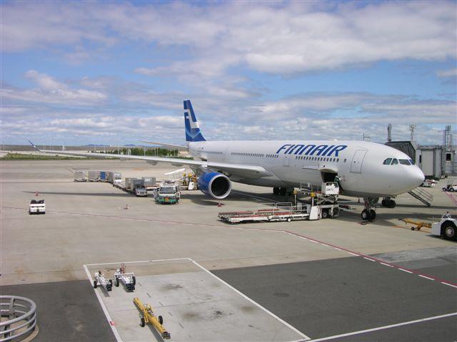 Finnair A330-300 at KIX